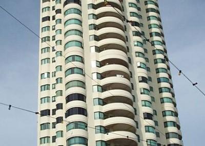Silverton Condominium (1997)